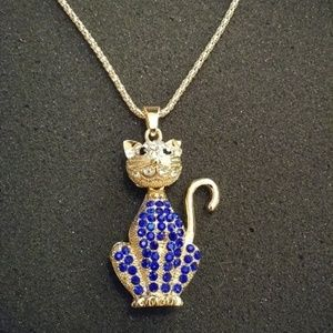Jewelry - Crystal Cat Sweater Chain